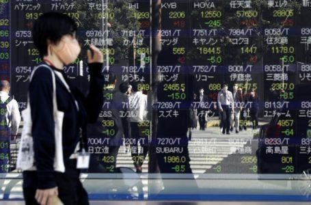 الأسهم ترتفع والدولار يتراجع، الجنيه يوسع أرباحه: الأسواق تغير اتجاهاتها