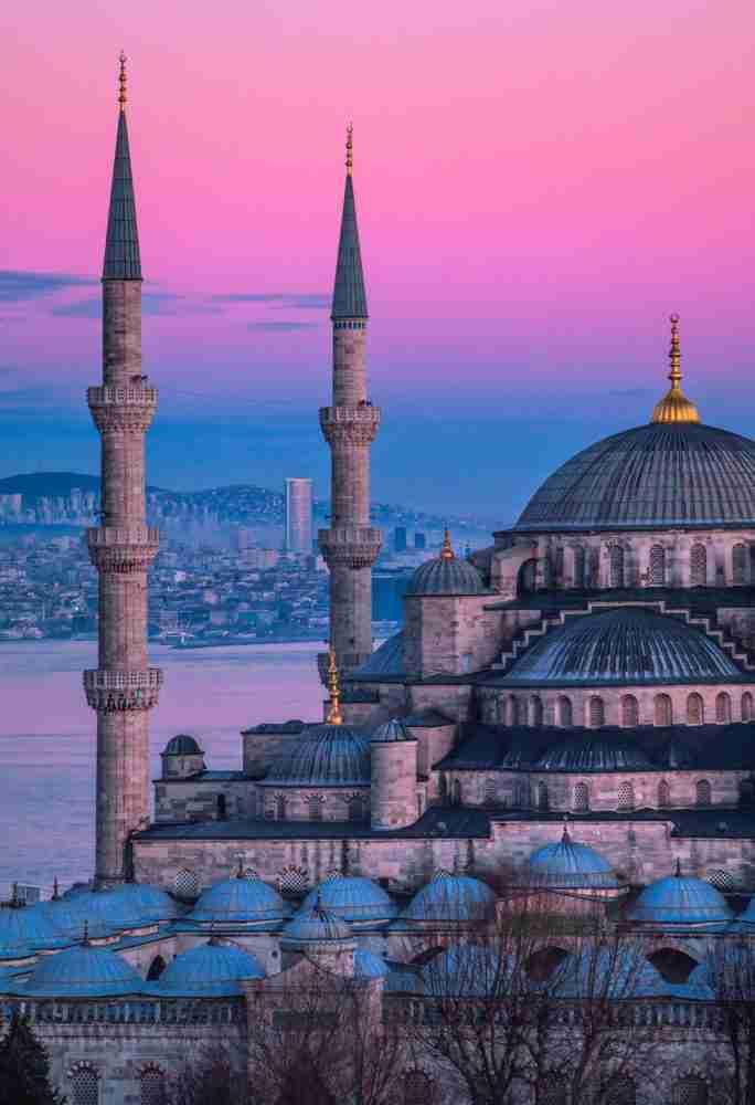 البنك المركزي التركي يتشدد مجددا لتعزيز المصداقية
