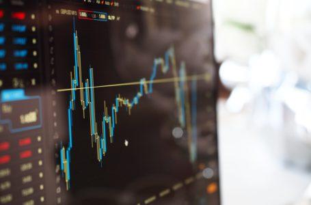 نزفت الصناديق المشتركة 469 مليار دولار مع انتصار صناديق الاستثمار المتداولة بلعبة محصلتها صفر خلال عام 2020