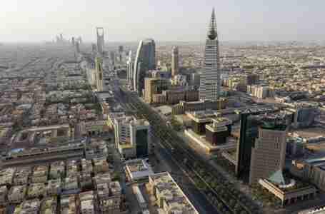 صندوق الثروة السعودي يخطط للاستثمار في مطار جديد بالرياض للسياحة