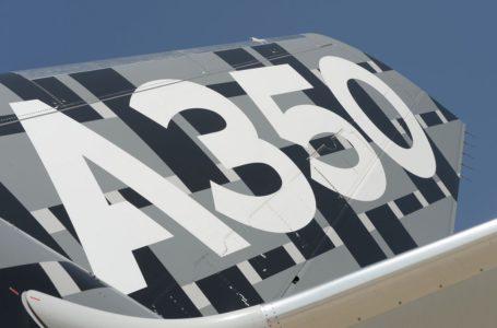 الخطوط الجوية القطرية مستعدة لشراء طائرات بوينج وايرباص وتحث على الانطلاق