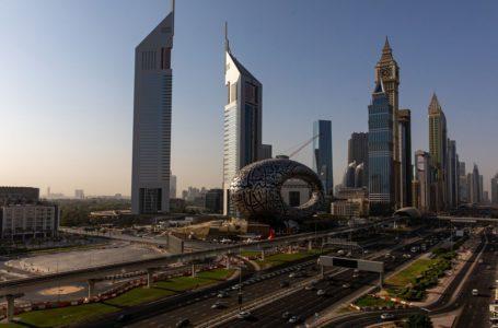سجلت مبيعات المنازل في دبي أعلى مستوى لها منذ ثمانية أعوام، مما أدى إلى انخفاض الأسعار