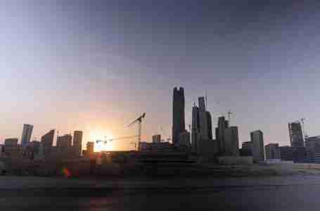 اتفاق إعادة هيكلة ديون بقيمة 7.5 مليار دولار ينقذ مجموعة سعودية من الإفلاس
