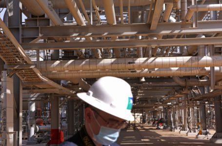 المملكة العربية السعودية تعزز توقعات الإيرادات لعام 2022 وسط ارتفاع النفط