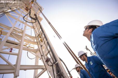 خفض السعوديون أسعار النفط وضبط النفس من أوبك بلاس يغذي ارتفاع الأسعار