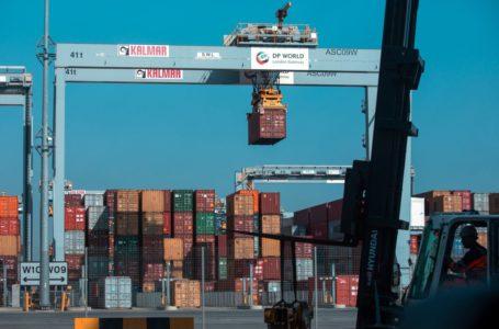 موانئ دبي العالمية تشهد اضطرابات مستمرة في الإمدادات