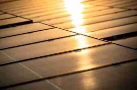 ارتفاع أسعار الطاقة الشمسية في السعودية وسط أزمة إمدادات السيليكون