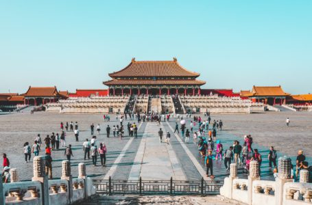 أزمات العقارات والطاقة في الصين تلقي بظلالها على نمو الناتج المحلي الإجمالي